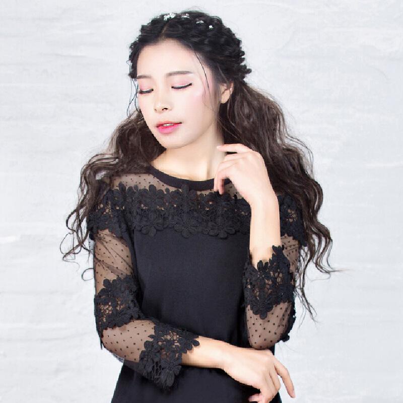 烟花烫  2017春夏装新款女装气质修身圆领镂空立体花蕾丝上衣 青秀
