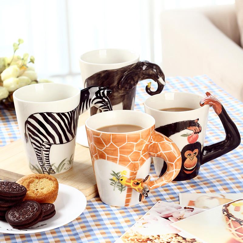 手绘陶瓷动物造型杯