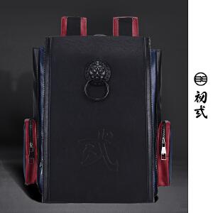 初�q中国风潮牌复古黑色圆形狮子头包盖式磁扣男女双肩背包41115