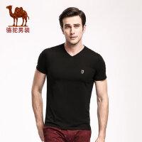 骆驼男装 夏季新款青年V领纯色短袖T恤衫青春流行徽章男士t恤