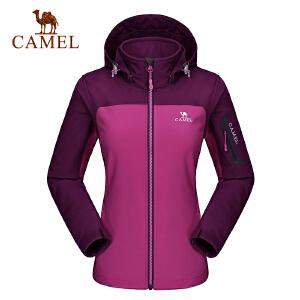 camel骆驼户外女款软壳衣 防风保暖舒适耐磨软壳衣